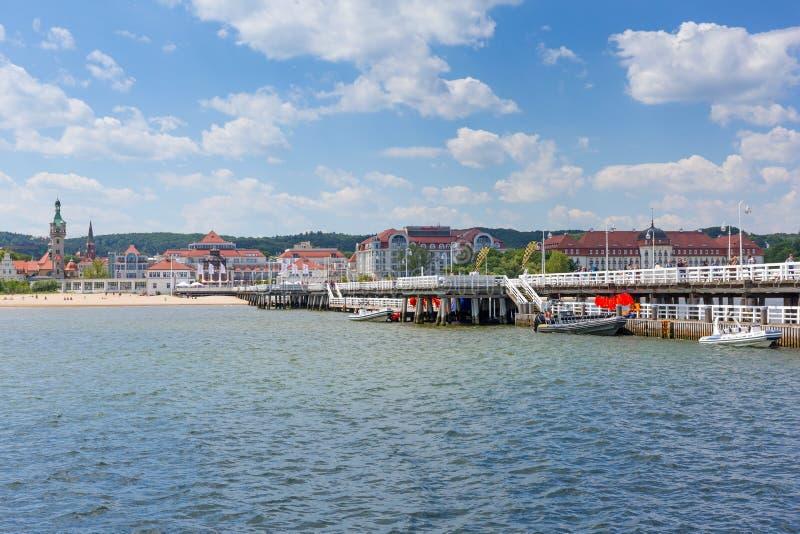 Download Molo Sopot на Балтийском море, Польше Редакционное Стоковое Изображение - изображение насчитывающей дом, гостиница: 41663489