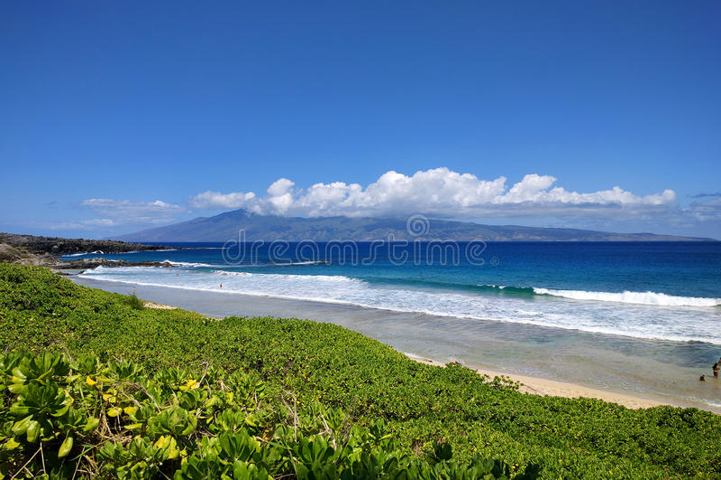 Molokai ö Hawaii från Maui royaltyfria foton