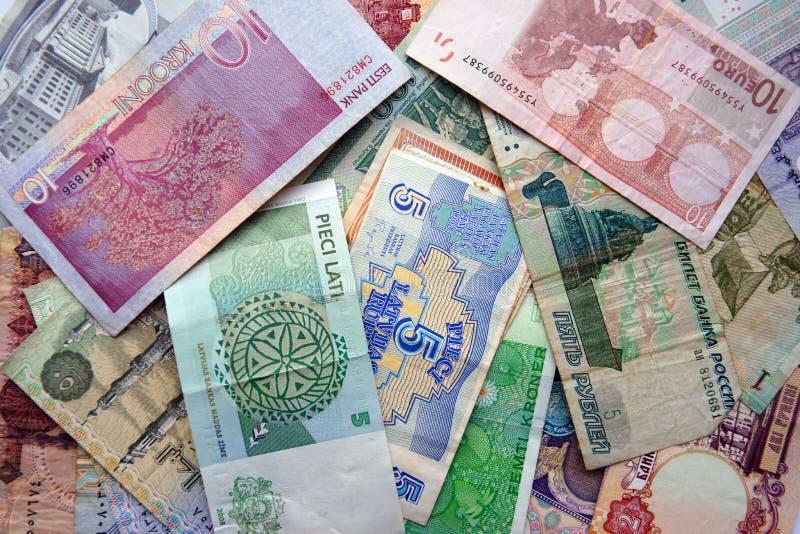 Molte banconote diverse dai paesi differenti immagini stock libere da diritti