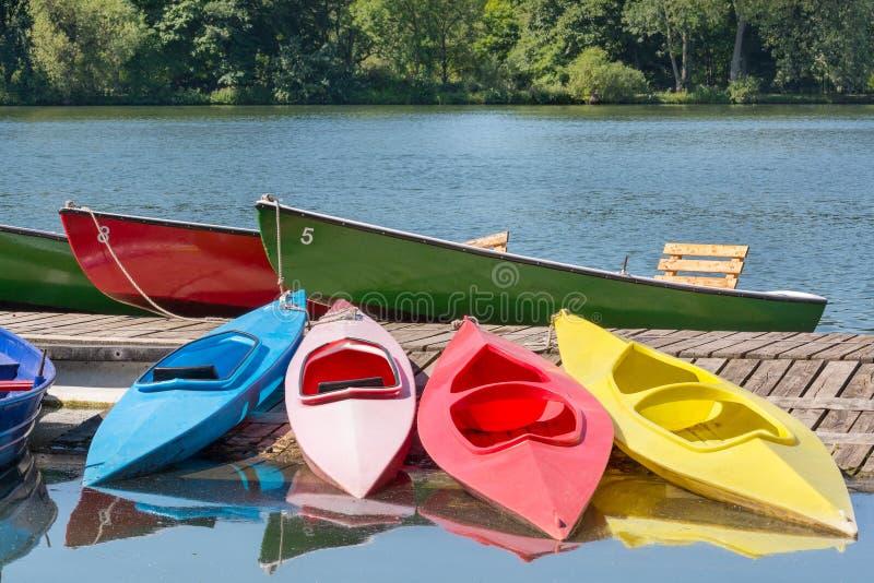 Molte barche in un giorno di estate, Maschsee, Hannover fotografia stock libera da diritti