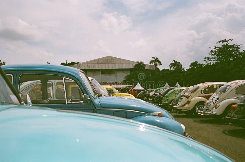 Molte vecchie automobili d'annata fotografie stock libere da diritti