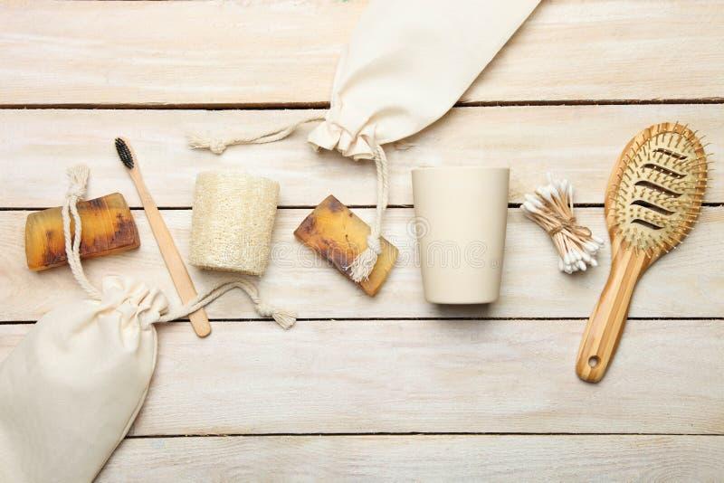 Molti prodotti biologici biodegradabili organici naturali differenti fotografia stock