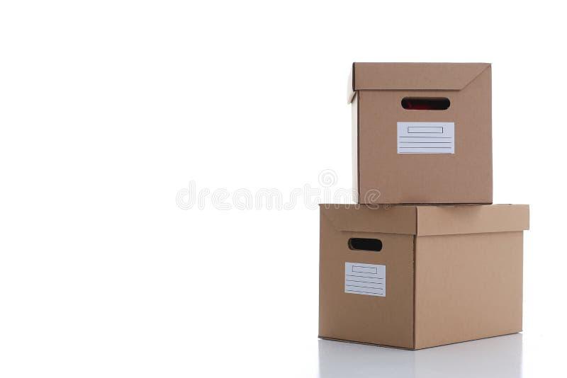 Molto contenitore di cartone di colore di Kraft fotografie stock libere da diritti