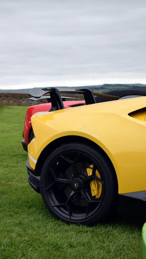 Momenteel zittend op de troon van V10 Lamborghini: Huracan Performante stock afbeeldingen