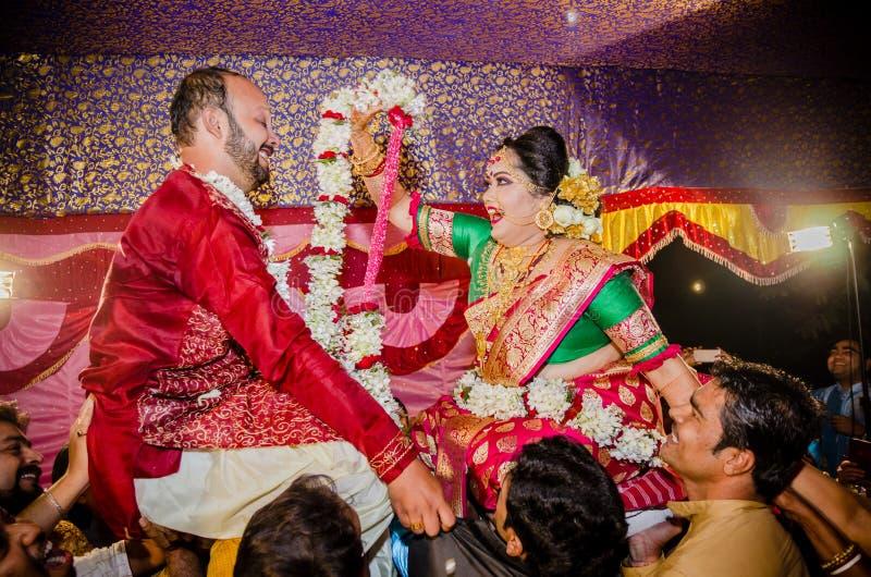 Momenti di nozze fotografie stock libere da diritti