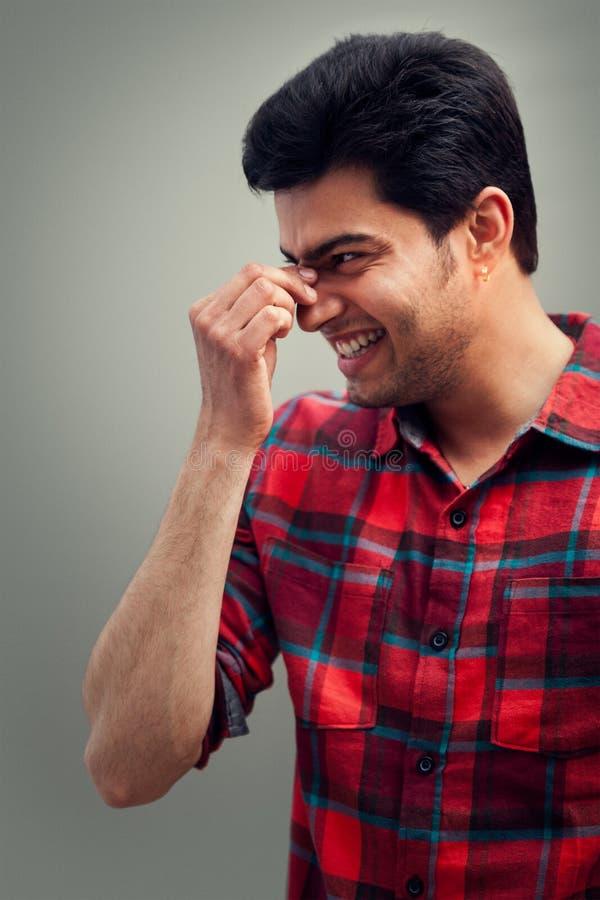 Momento feliz do homem indiano 2 foto de stock royalty free