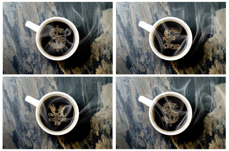 Monétaire signe dedans une tasse de café chaud images stock