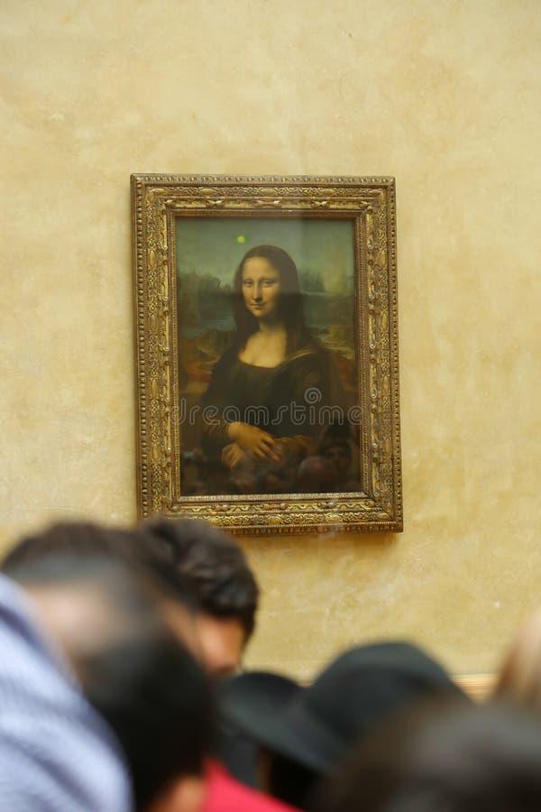 Mona Lisa på Louvremuseet Paris royaltyfria foton