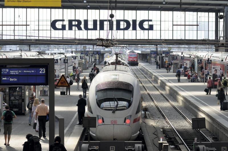 Monachium główny dworzec - widok od above zdjęcia royalty free