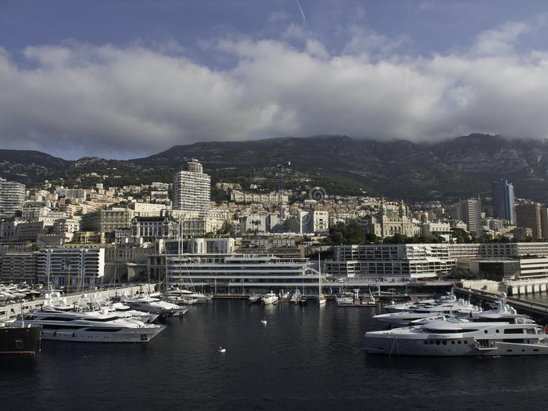 Download Monaco photo éditorial. Image du gaspilleur, fleurs, tour - 56488211