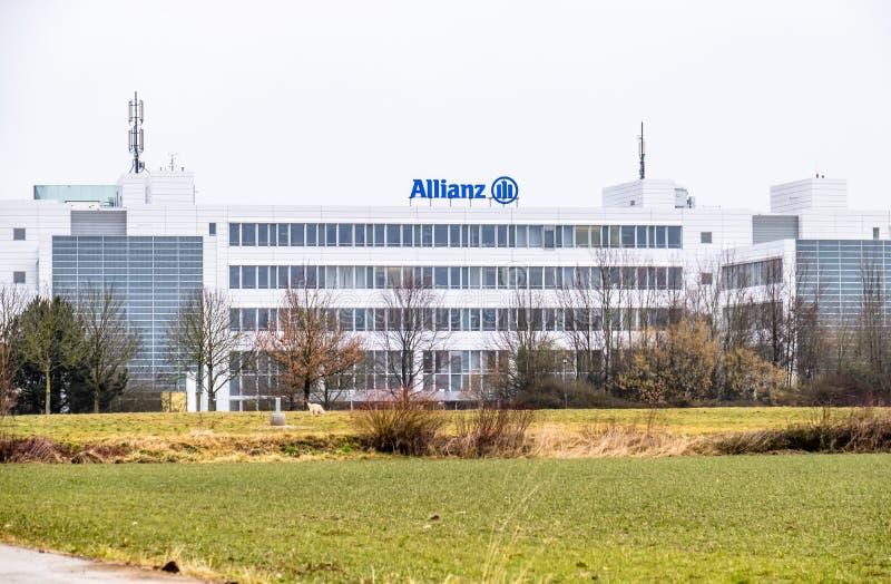 Monaco di Baviera, Germania - 16 febbraio 2018: Le sedi dell'Allianz sono situate nella città di Monaco di Baviera, Germania fotografia stock libera da diritti