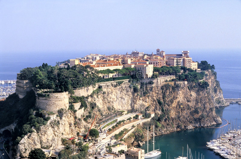 Monaco-Felsen lizenzfreie stockfotografie