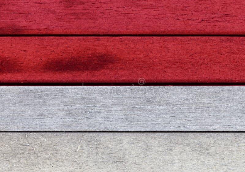 Monaco flagga på ett trä stock illustrationer