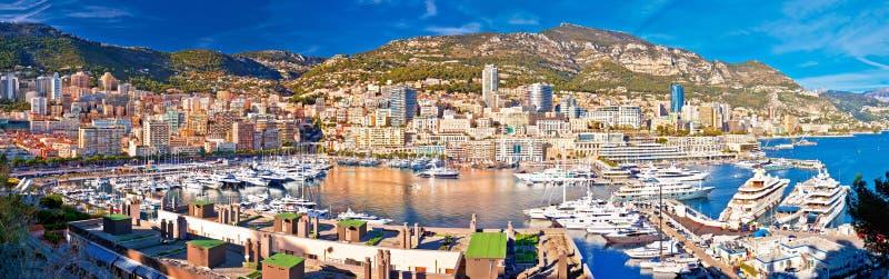 Monaco und bunter Panoramablick Monte Carlo Stadtbilds und Hafens lizenzfreie stockfotografie