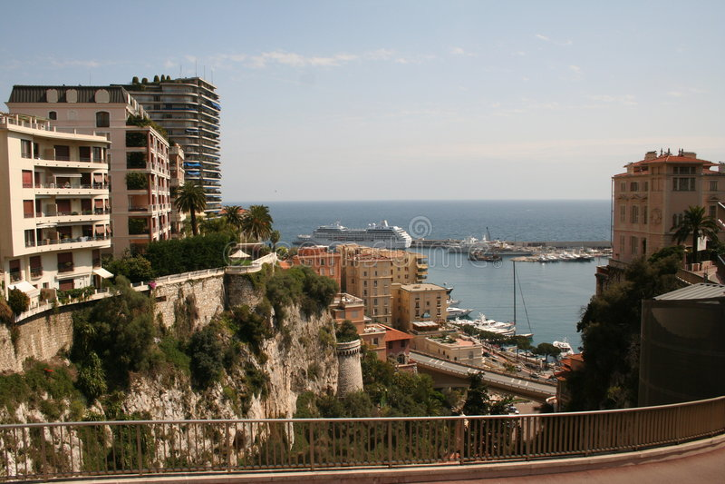 Monaco und Meer stockfoto