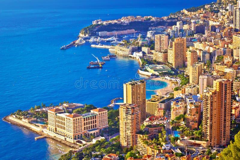Monaco und Monte Carlo Stadtbild- und Hafenvogelperspektive lizenzfreie stockfotografie
