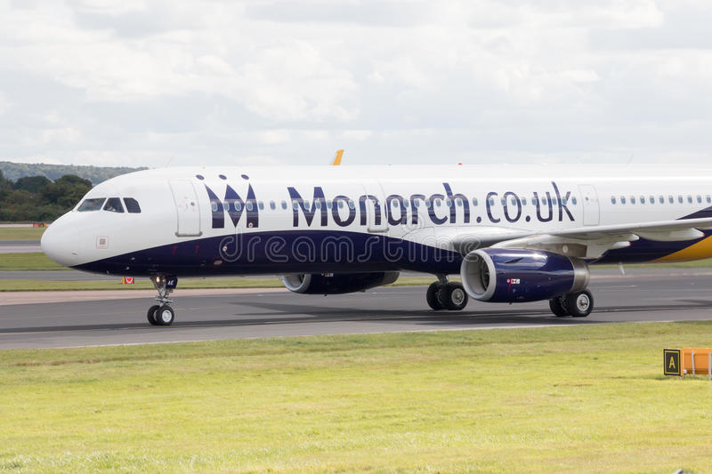 Monarch Airbus A320 stockbilder