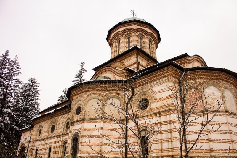 Monastère de Cozia en hiver photos libres de droits