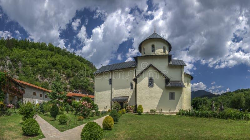 Monastère de Moraca dans Monténégro photographie stock libre de droits