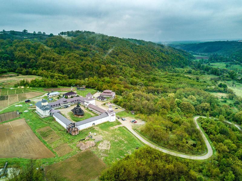 Monastère de Nera près des gorges de Nera, Banat, Roumanie image libre de droits
