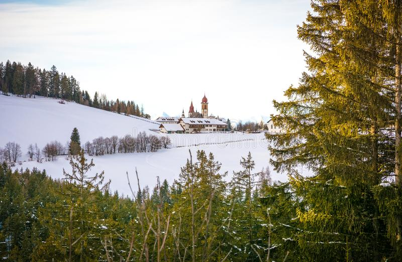 Monastère de Pietralba près de Monte San Pietro, Nova Ponente, Tyrol du sud, Italie Le sanctuaire le plus important du Tyrol du s images stock