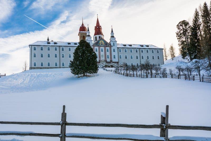 Monastère de Pietralba près de Monte San Pietro, Nova Ponente, Tyrol du sud, Italie Le sanctuaire le plus important du Tyrol du s images libres de droits