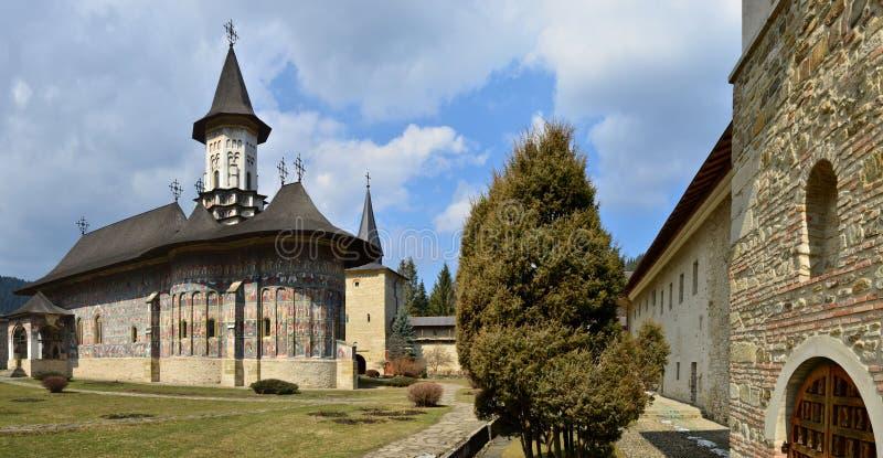 Monastère de Sucevita - héritage roumain de l'UNESCO photographie stock libre de droits