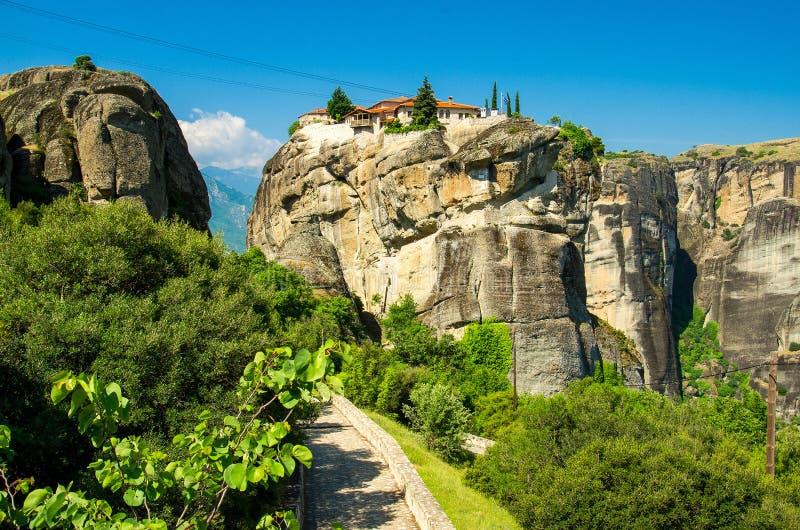 Monastère de trinité sainte de monastères de Meteora sur la roche près de Kalabaka, Grèce photos libres de droits