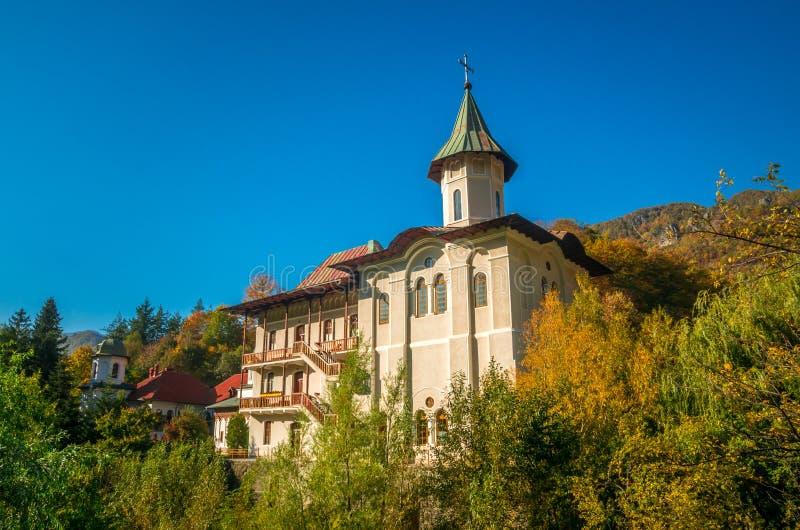 Monastère de Turnu, montagne de Cozia, Roumanie photographie stock