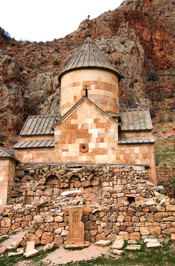 Monastère scénique de Novarank en Arménie Le monastère de Noravank a été fondé en 1205 Il est situé 122 kilomètres d'Erevan en go photos stock