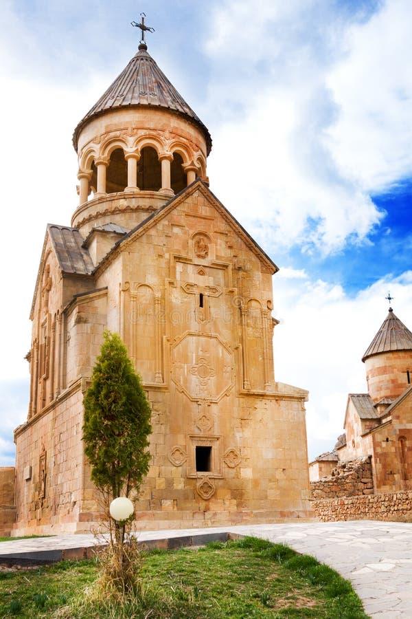 Monastère scénique de Novarank en Arménie Le monastère de Noravank a été fondé en 1205 Il est situé 122 kilomètres d'Erevan en go images stock