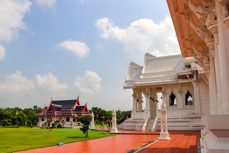 Monastère thaïlandais royal dans Lumbini, Népal images stock