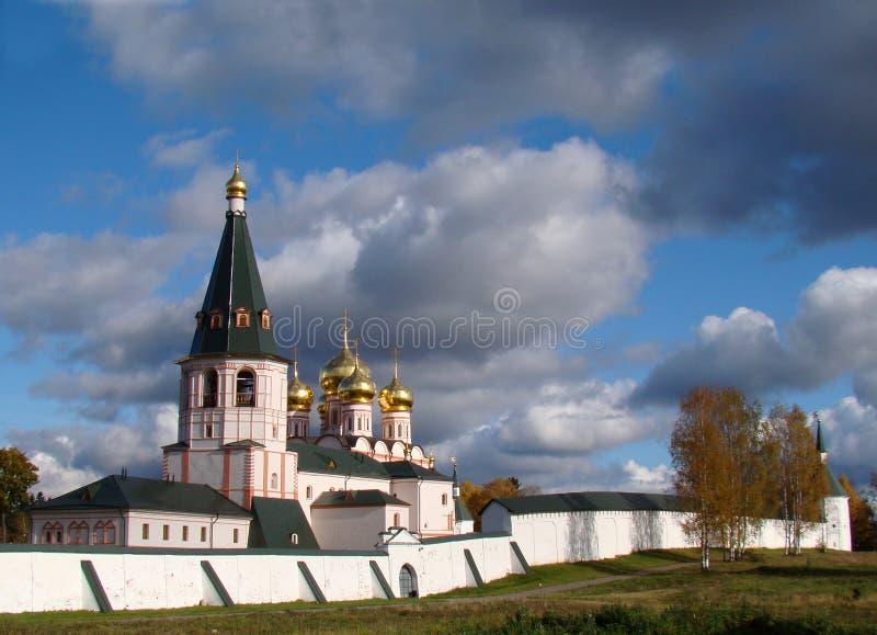 Monastério bonito em Rússia fotos de stock