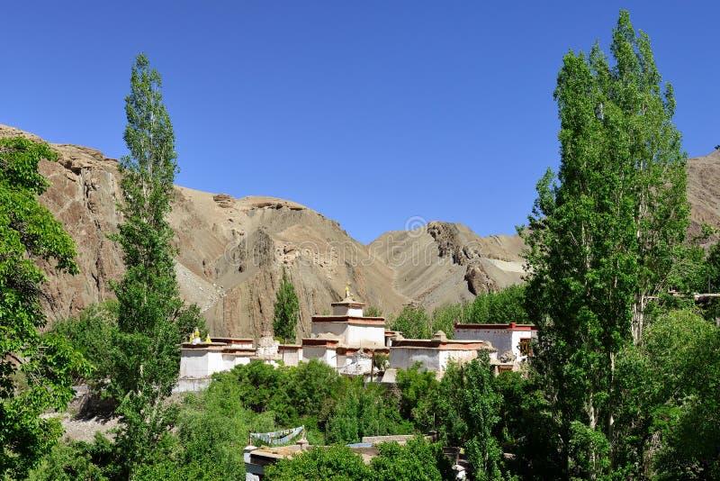 Monastério budista na vila de Alchi em Ladakh na Índia foto de stock royalty free