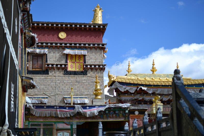 Monastério budista tibetano de Songzanlin, La de Shangri, Xianggelila, província de Yunnan, China fotografia de stock royalty free