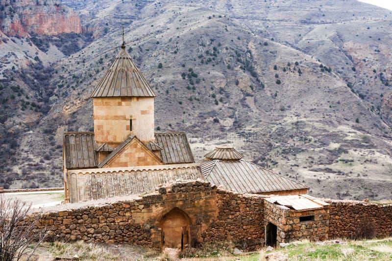 Monastério cênico de Novarank em Armênia O monastério de Noravank foi fundado em 1205 É ficado situado 122 quilômetros de Yerevan foto de stock