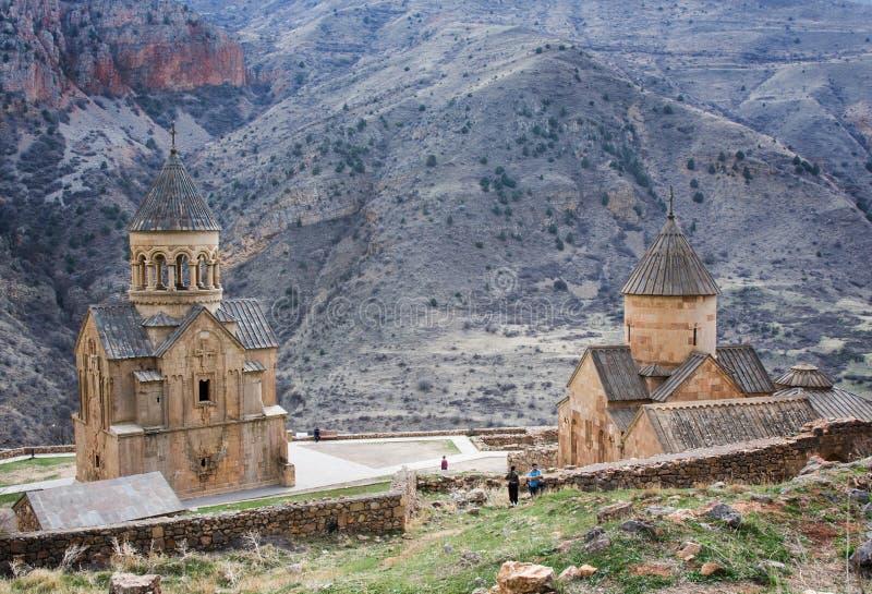Monastério cênico de Novarank O monastério de Noravank foi fundado em 1205 É ficado situado 122 quilômetros de Yerevan em um desf imagem de stock