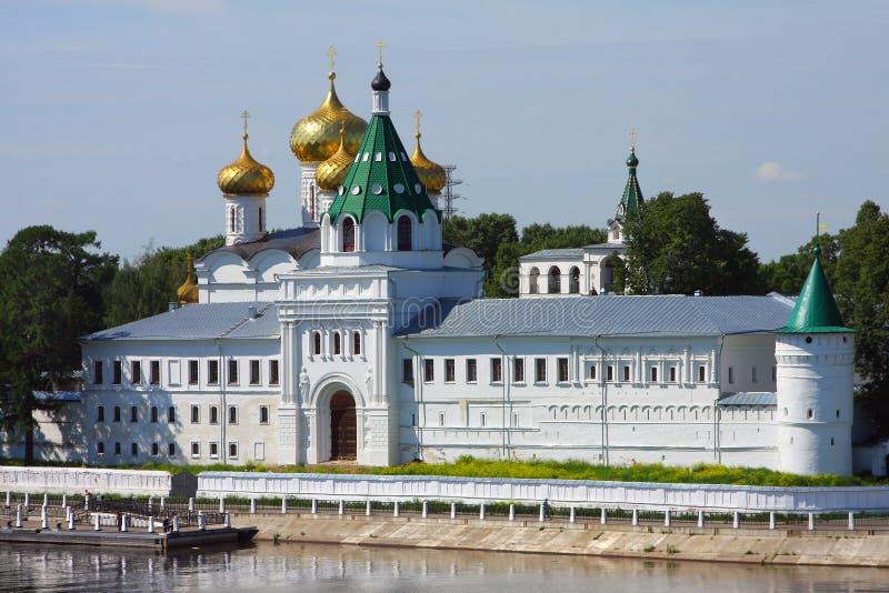Monastério de Ipatievsky em Rússia fotografia de stock