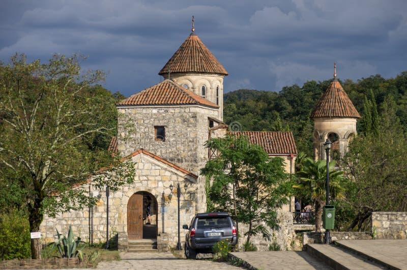 Monastério de Motsameta (igreja de Motsameta) perto de Kutaisi, o Imereti imagem de stock