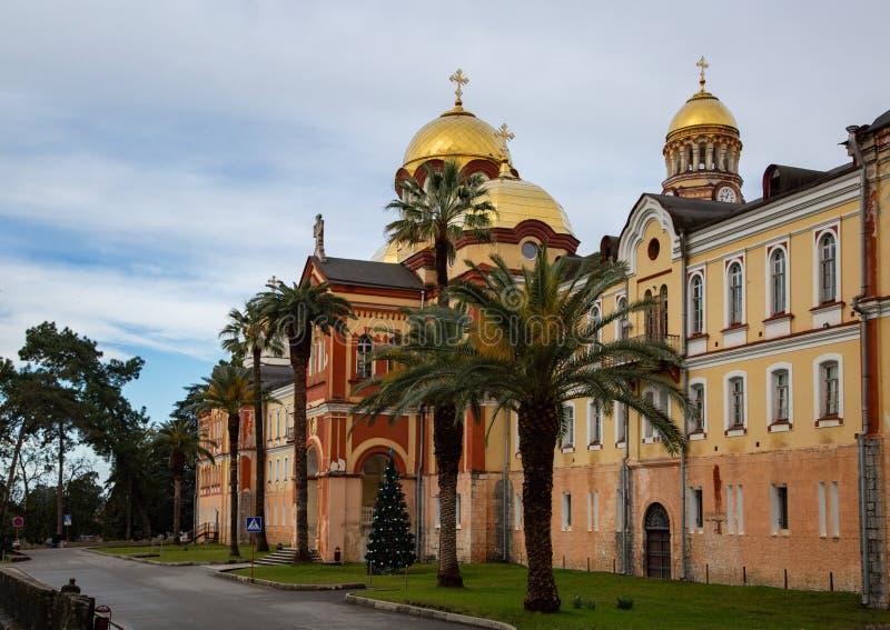 Monastério de Novo-Athos na Abkhásia no inverno imagem de stock royalty free