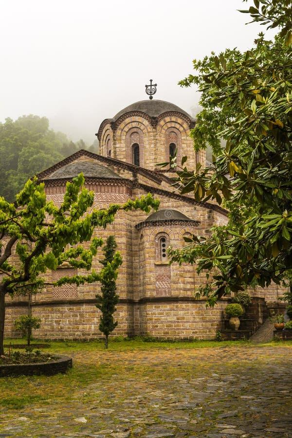 Monastério de Saint Dionysios de Olympus imagens de stock royalty free