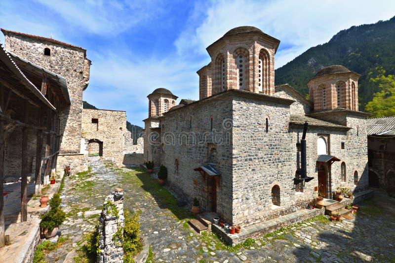 Monastério de Saint Dionysios em Greece foto de stock
