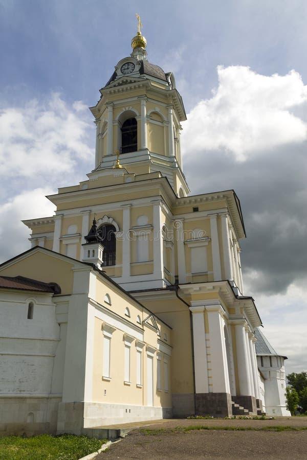 Monastério de Serpukhov Vysotsky imagens de stock royalty free