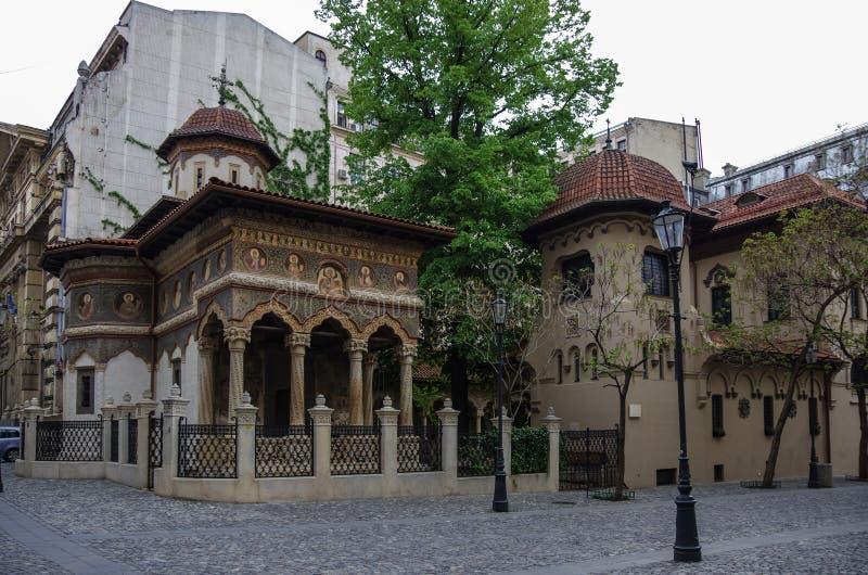 Monastério de Stavropoleos, igreja de St Michael e de Gabriel em Buchare fotos de stock royalty free
