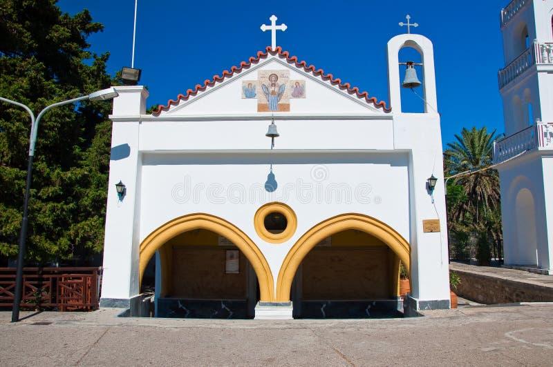 Monastério de Tsambika na ilha do Rodes, Grécia. imagens de stock royalty free