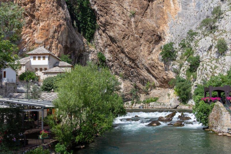 Monastério do dervixe de Blagaj Tekke em Bósnia e em Herzegovina fotografia de stock