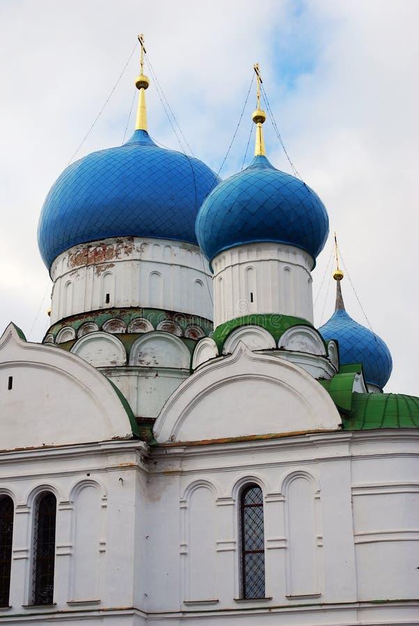 Monastério do esmagamento em Uglich, Rússia imagem de stock