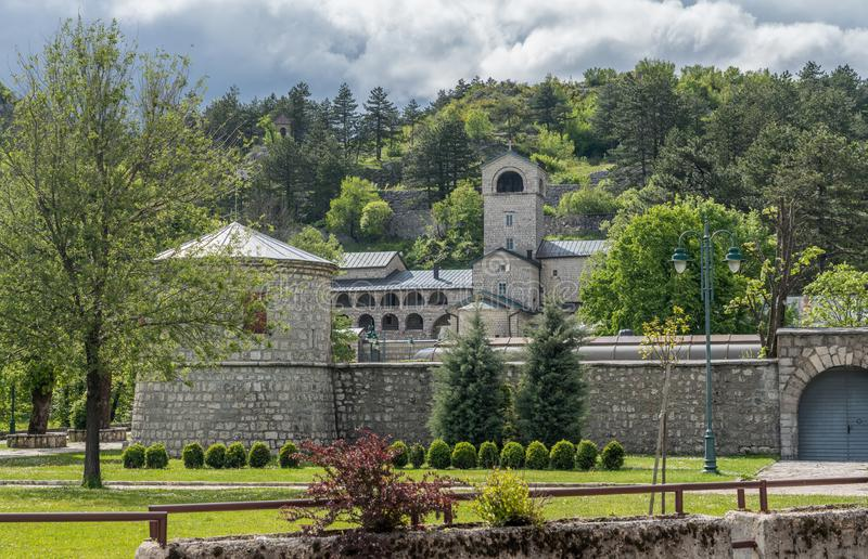 Monastério e jardins reais em Cetinje Montenegro imagem de stock