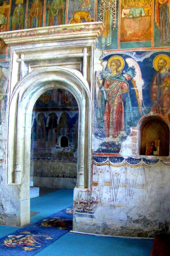 Monastério interno de Probota, monastério ortodoxo medieval em Moldávia, Romênia fotografia de stock royalty free