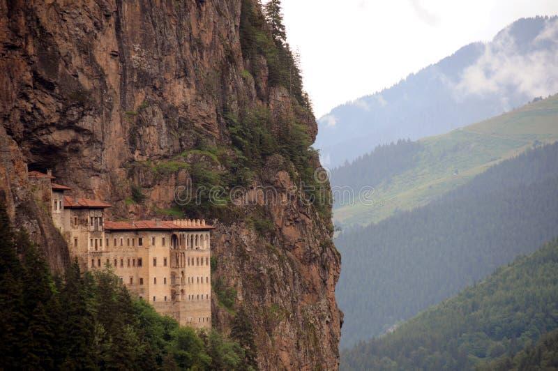 Monastério no penhasco imagem de stock royalty free